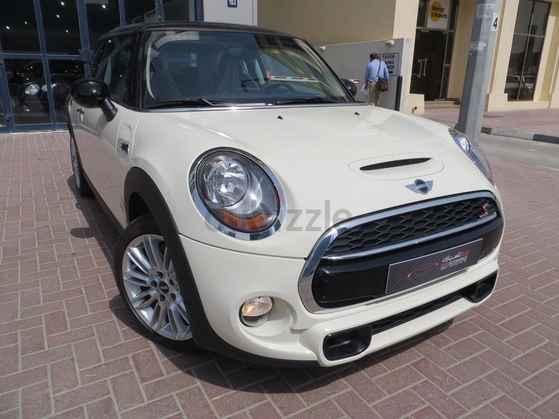 dubizzle dubai cooper mini cooper s 2015 0 klms white with black half leather interior gcc 3. Black Bedroom Furniture Sets. Home Design Ideas